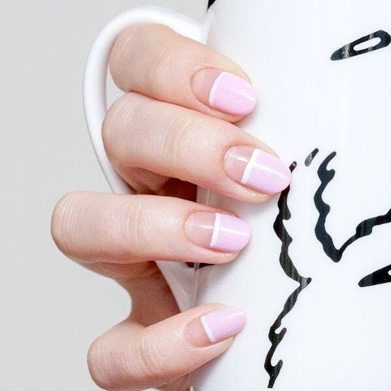 9 Minimalist Nail Art Designs You'll Love