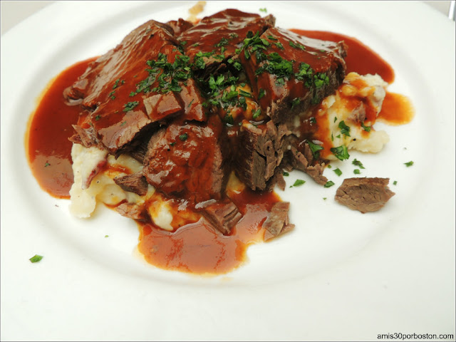 Yankee Pot Roast, Mashed New England Potatoes and Gravy
