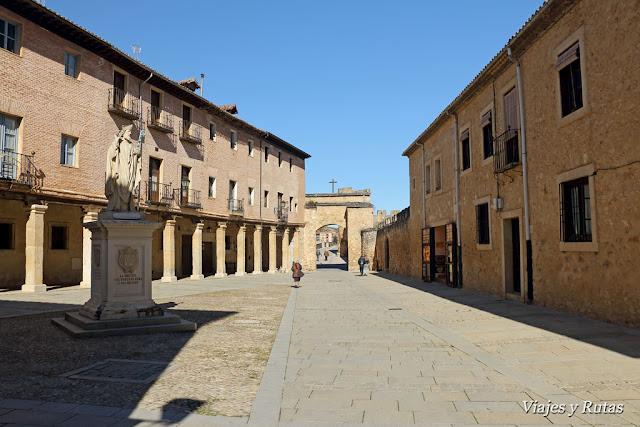 Puerta San Miguel, Burgo de Osma