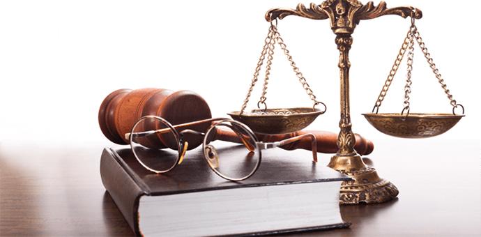 في آخر جلسات المحكمة - قصة قانونية