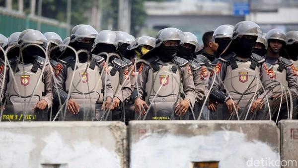 Ada Demo PA 212 Dkk, Pertokoan-Mall di Jakarta Juga Dijaga Polisi