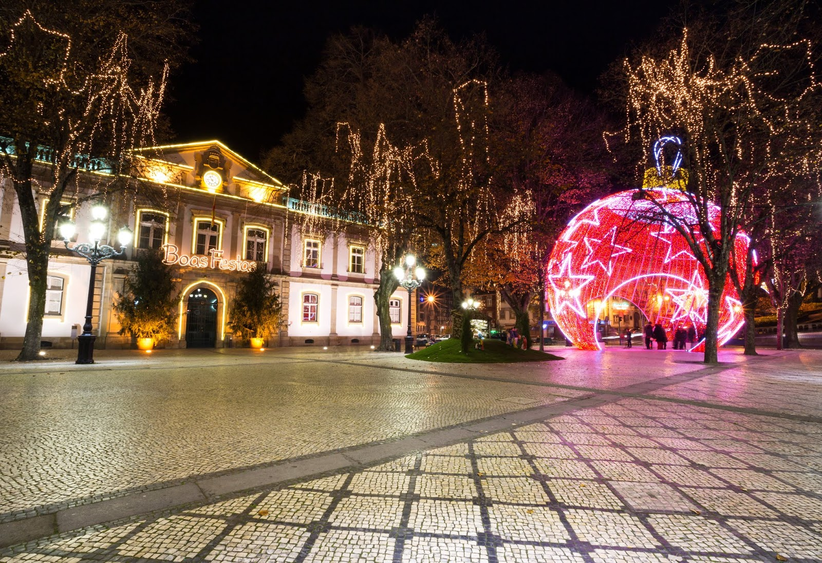 Mis Christmas Lights 2020 Until the 5th of January 2020, don´t miss Viseu Christmas
