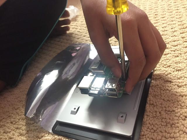 SANYALnet Labs: Portable RetroPi - Raspberry Pi Touchscreen Connection