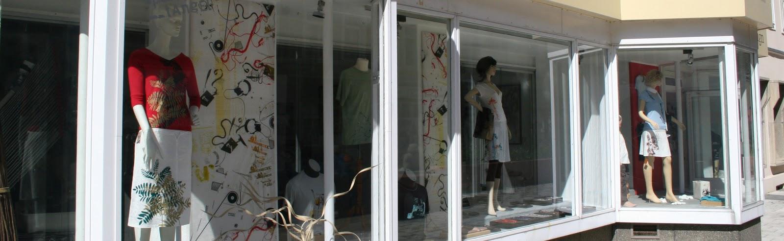 Geschäft mit Werkstatt auf dem Brühl in Chemnitz
