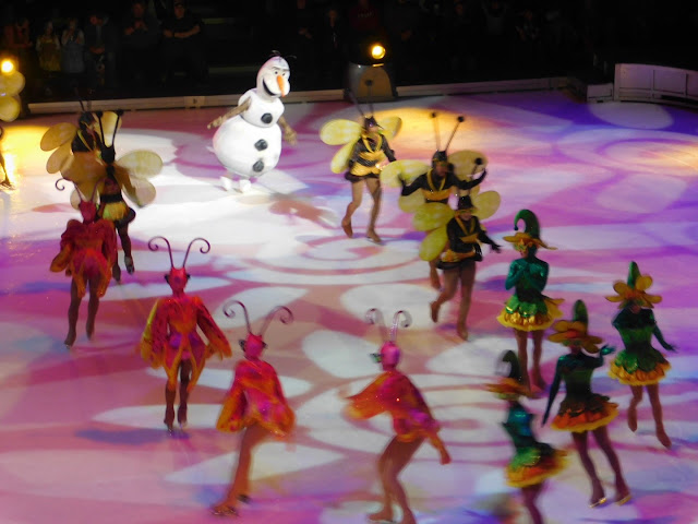 Disney on Ice presents Follow Your Heart | Olaf!