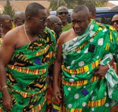 Osei Kwame 'Despite' and Dr Ernest Ofori Sarpong donate $100,000to Komfo Anokye Teaching Hospital