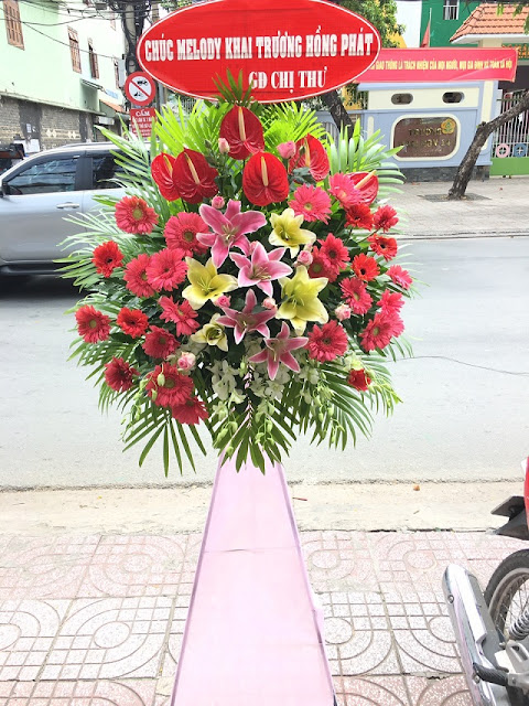 hoa chuc mung khanh thanh