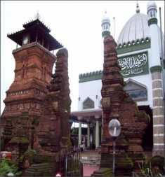 masjid tempat beribadah agama Islam wisataarea.com