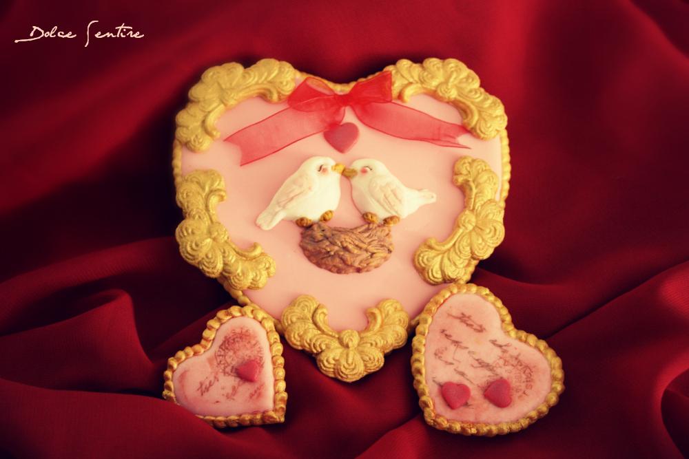 Un corazón para San Valentín: Cómo imitar molduras barrocas con fondant {Video Tutorial}