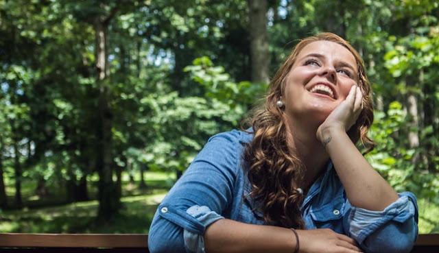 Bila Merasakan 10 Tanda Ini, Artinya Sia Dia Sedang Merindukanmu