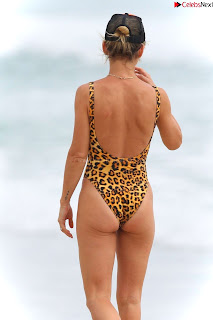 Elsa Pataky in   Swimsuit   celebs.in Exclusive Celebrity Pics 009