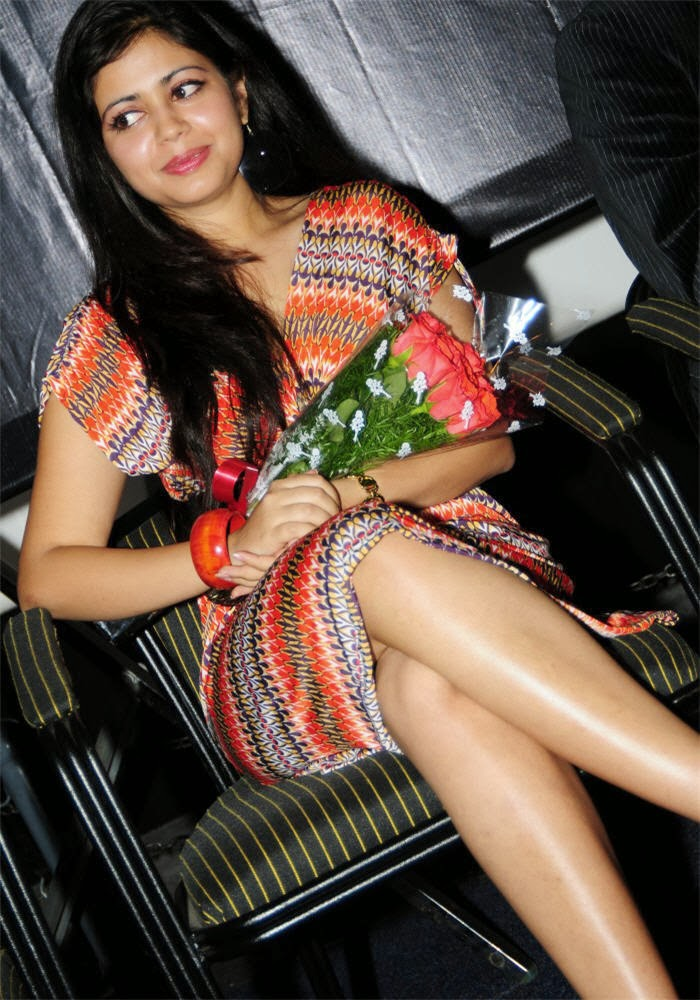 Adithi Chowdary Hot Thighs Pictures - CAP