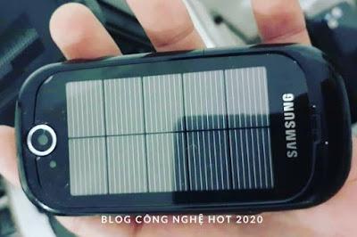 Cận cảnh Samsung Blue Earth cổ điển