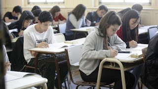 Este viernes se reúne el Consejo Federal de Educación para definir el inicio de clases en 2017. El ministro Esteban Bullrich impulsa el 6 de marzo como fecha de comienzo.
