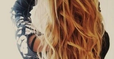 how to get perfect beach curls with a curling iron