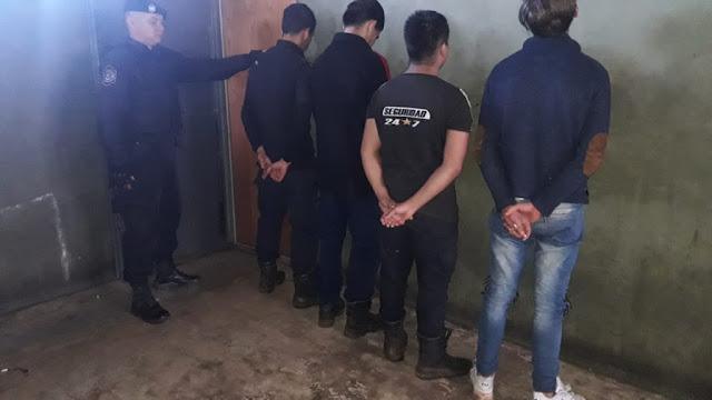 Se hicieron pasar por serenos, robaron el lavarropas a una vecina y fueron detenidos