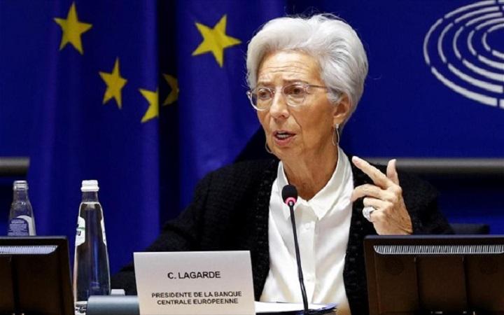 Λαγκάρντ: Βέβαιη ότι τα ελληνικά ομόλογα θα ενταχθούν τελικά στο QE