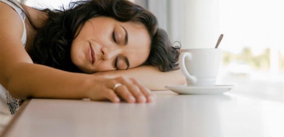 يجب عليك معرفة انخفاض النوم يؤثر سلبا على صحة عظام المرأة