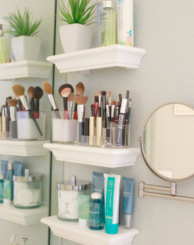 BRILLIANT DIY BATHROOM SHELF IDEAS