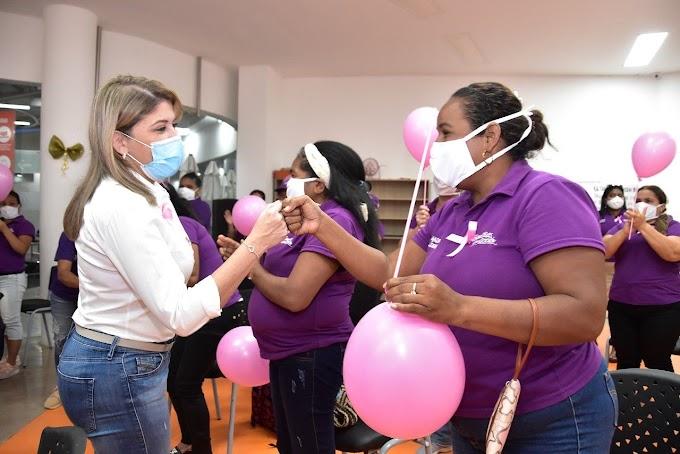 Alcaldesa Virna Johnson anuncia reactivación del programa 'Madres líderes al barrio'