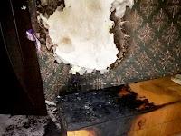 В результате пожара пострадал собственник квартиры 34-х летний мужчина который получил отравление угарным газом и был госпитализирован в отделение ЦРБ г. Сухой Лог.