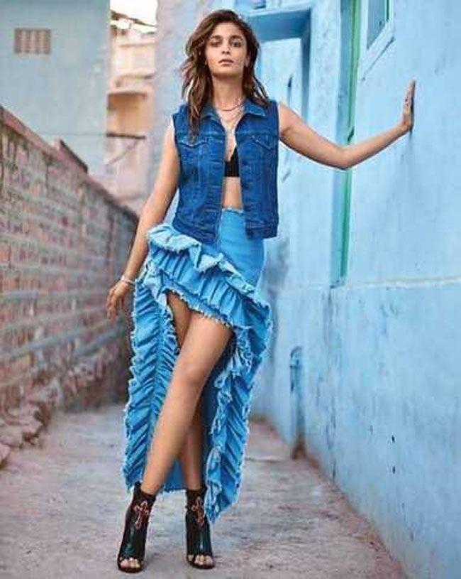 Actress Gallery: Alia Bhatt Latest Pictures