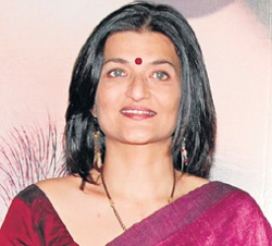 Sarika Actress Biography Age Height, Profile, Family, Husband, Son, Daughter, Father, Mother, Children, Biodata, Marriage Photos.