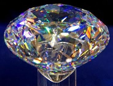 Cara mudah dan sederhana membedakan berlian asli dengan imitasi