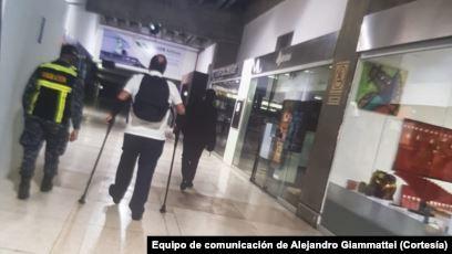 VENEZUELA: Agradecen respaldo del presidente electo de Guatemala que fue expulsado por régimen de Maduro.