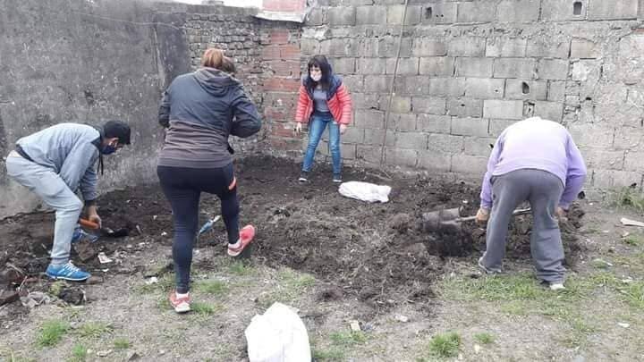 Organizaciones sociales continúan el trabajo de huertas solidarias