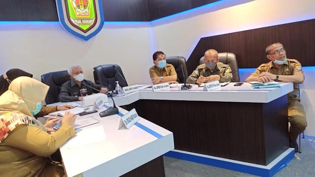 Lakukan Zoom Meeting, Gubsu Minta Kepala Daerah se-Sumut Perintah Camat dan Lurah Sosialisasikan Prokes ke Masyarakat