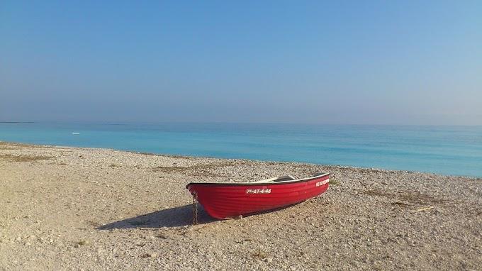 Soñar con ver el mar tranquilo y brillante