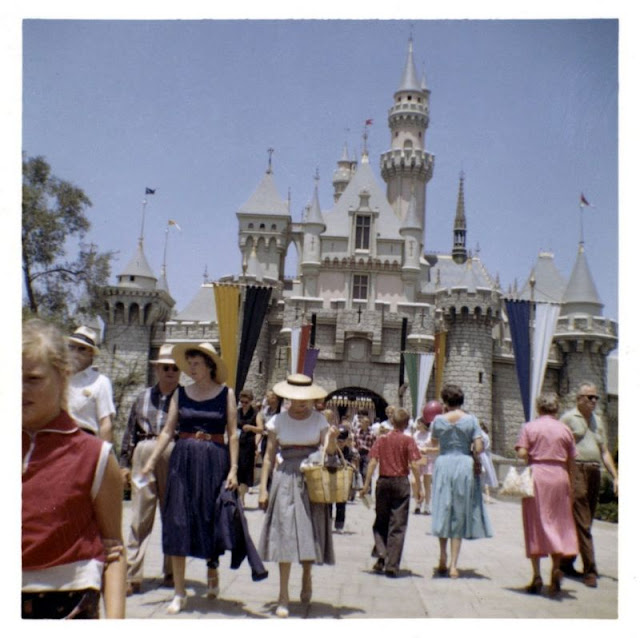 Just After Opening, Here is What Disneyland Looked Like in the Second Half of the 1950s