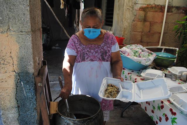 Entrega DIF Yucatán 1.5 toneladas de alimentos a familias afectadas por huracán Delta