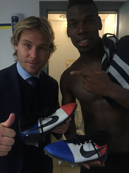ed90825fddc3 Paul Pogba Shows Off Nike Magista Obra  France  Boots - Footy Headlines