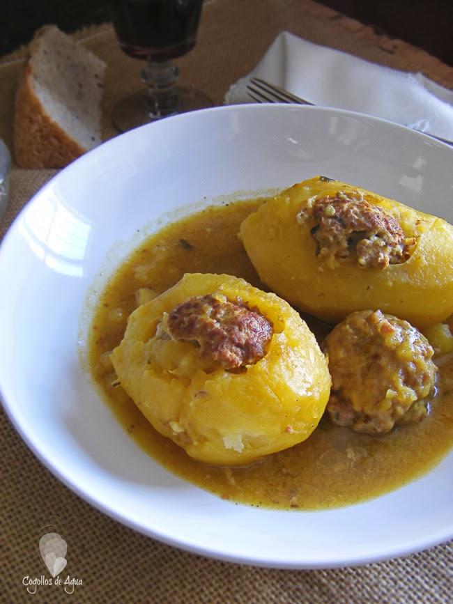 Patatas Rellenas De Carne En Salsa Cogollos De Agua