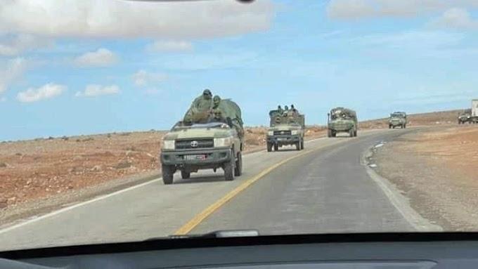 الإحتلال المغربي يرسل تعزيزات عسكرية نحو الحدود الجنوبية للصحراء الغربية.