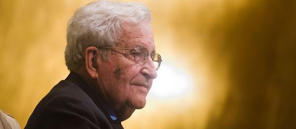 Noam Chomsky : Nuestro sistema actual es totalitario