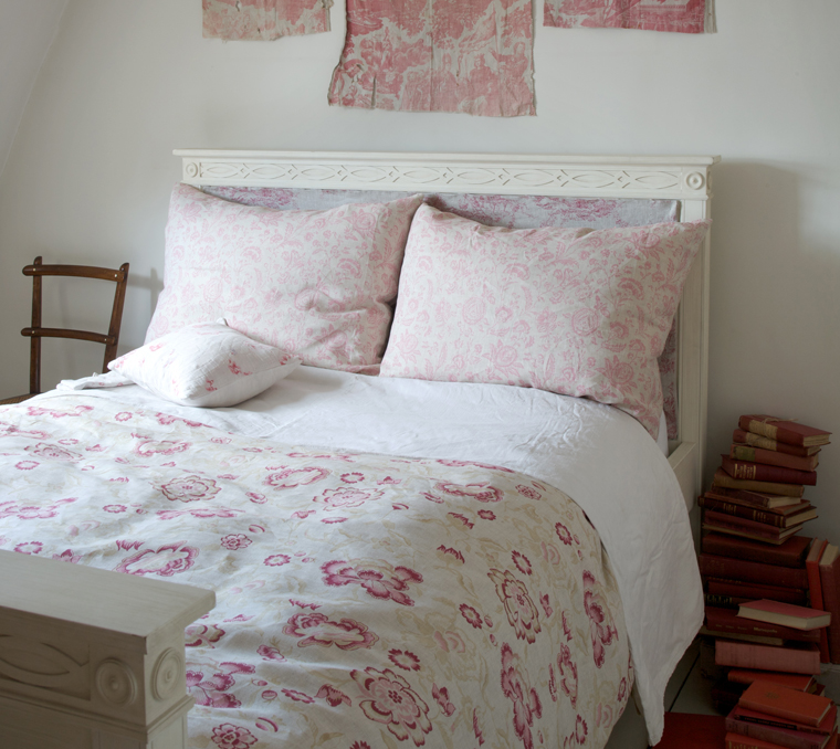 cowparsley the blog april 2011. Black Bedroom Furniture Sets. Home Design Ideas