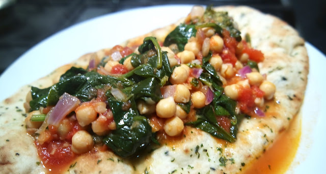 Very Lazy Chickpea, Lentil and Spinach Curry