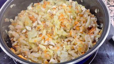 verduras y pollo sofritos