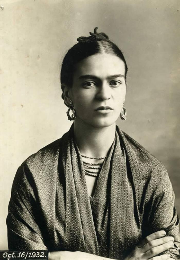 Frida Kahlo Photos, Frida Kahlo Rare Photos, Photos of Frida Kahlo, Frida Kahlo Photographs, Mexican artist Frida Kahlo Rare Photos, frida pictures