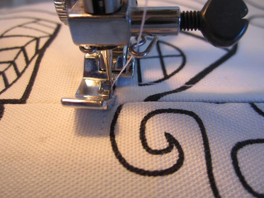 mis nancys, mis peques y yo, tutorial funda de cojin coser final