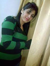 مطلقة مصرية