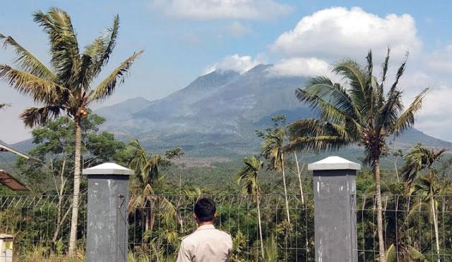 Gunung Lemongan