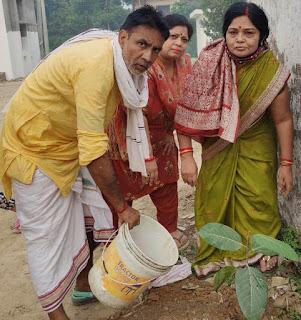 वट सावित्री व्रत-पूजन पर हुआ पौधरोपण    #NayaSaberaNetwork