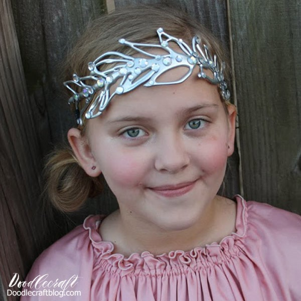 Make a Downton Abbey inspired tiara out of hot glue
