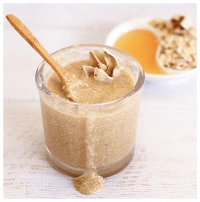 Porridge-Scrub-For-Oily-Skin-DIY