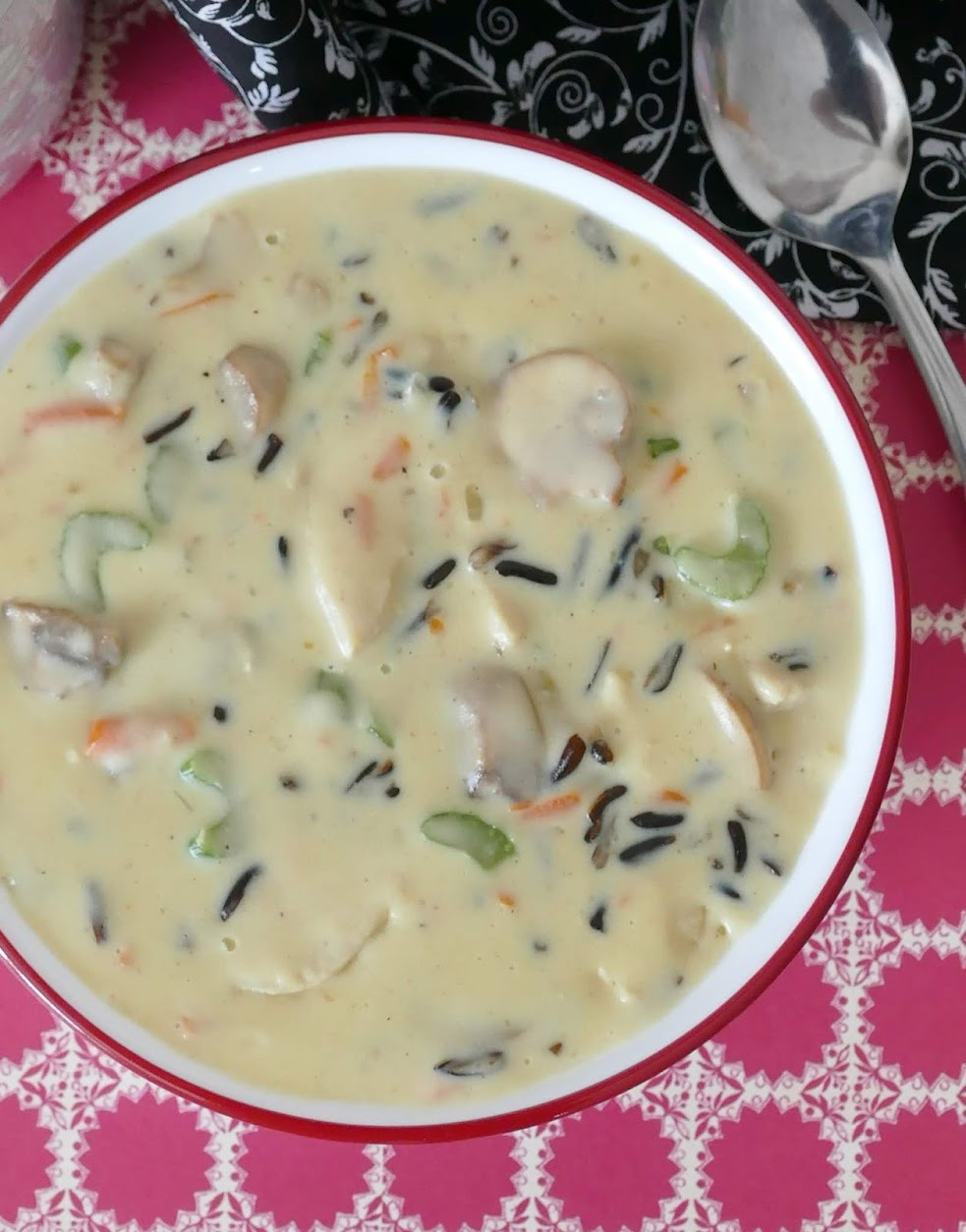 A Grand Casino Mille Lacs Minnesota Copycat recipe. Total winter comfort food! Perfect for any meal, and even better leftover! Packed with veggies like mushrooms, celery, carrots and onions!