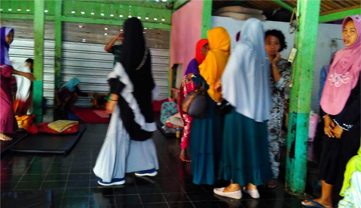 Jamaah Pengajian Jumat Berkah Pasar Induk Wonosobo Kunjungi Yayasan Dzikrul Ghofilin Erorejo